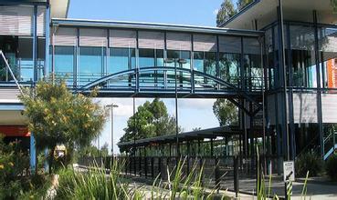 新南威尔士大学语言UEEC课程即将满位