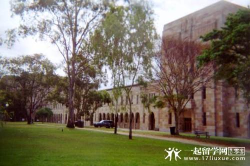 昆士兰大学预科学费是多少?
