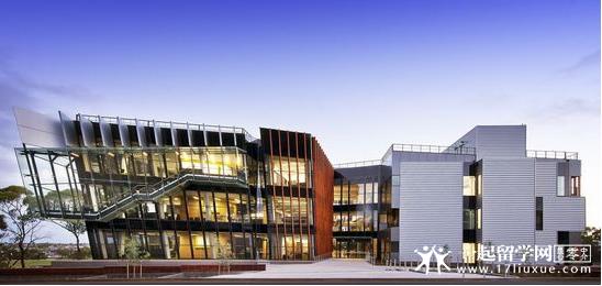 迪肯大学健康学院
