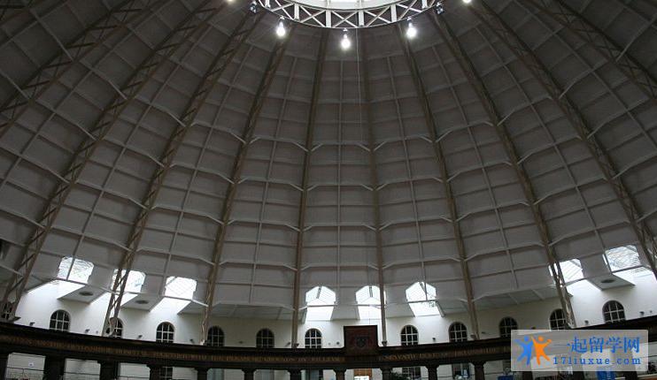 大学图片1