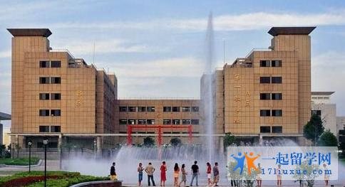 新加坡特许科技学院就读怎么样?好吗?