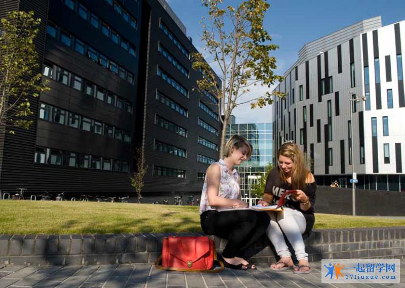 爱丁堡龙比亚大学 (2)