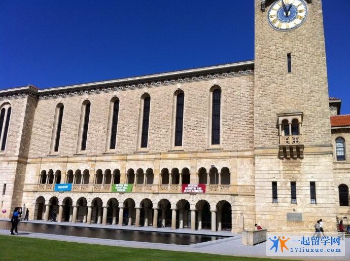 西澳大学高考录取要求