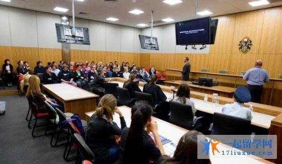 2017年澳洲留学去邦德大学法学院就读法律专业的理由全面解析