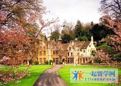英国华威大学申请要求(入学要求)和申请材料介绍