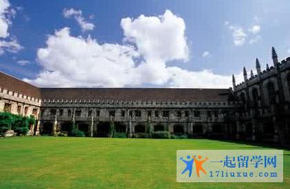 英国威斯敏斯特大学课程设置及录取要求介绍