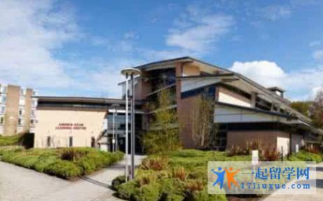 英国留学:利兹三一大学学院课程设置及录取要求简述
