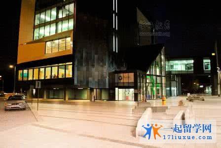 新白金汉大学申请指南(世界排名,学费,课程设置,学费,条件.开学时间,申请材料)