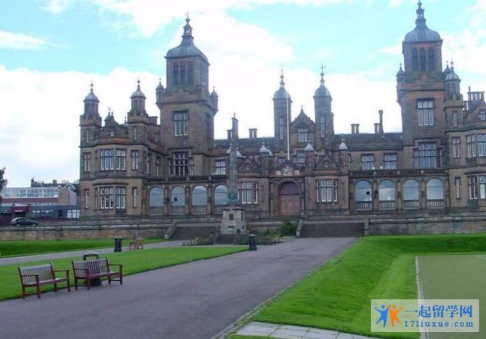 英国爱丁堡大学语言课程申请要求和课程设置介绍