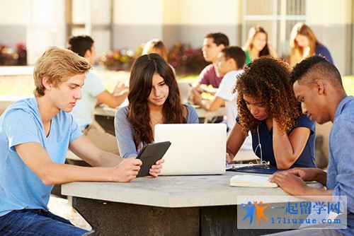 英国约克圣约翰大学学术地位和学生毕业率介绍
