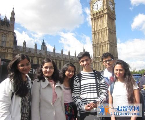 英国伦敦城市大学本科和研究生专业设置及申请条件