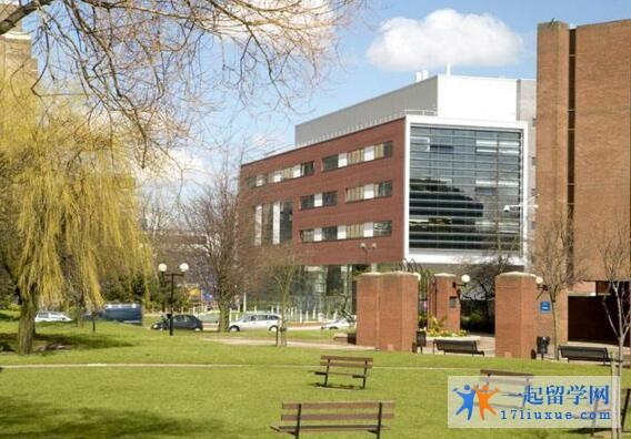 英国留学:布拉德福德大学研究生奖学金介绍及申请方法