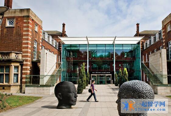 英国斯特拉斯克莱德大学院校规模及大学成就解析