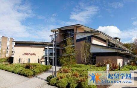 英国利兹三一大学学院院校规模及大学成就解析
