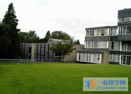 英国爱丁堡玛格丽特女王大学中国留学生多吗?