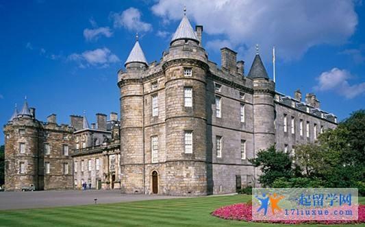 爱丁堡玛格丽特女王大学师资力量大吗?教学质量如何?