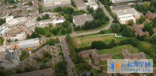 英国华威大学本科申请条件及学费信息解析