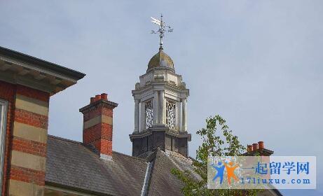 英国南安普顿大学本科申请条件及学费信息简述