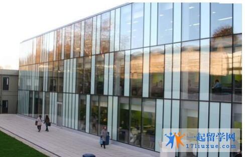 英国金斯顿大学本科申请条件及学费信息简述