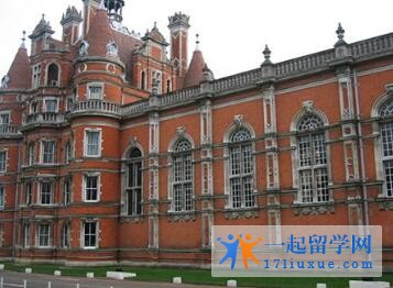 英国皇家霍洛威学院本科申请条件及学费信息简述