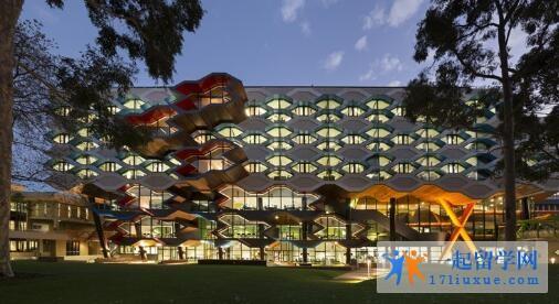 澳洲拉筹伯大学本科申请条件及学费信息解析