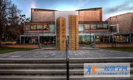 澳洲塔斯马尼亚大学本科申请条件及学费信息解析