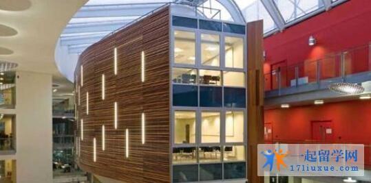 爱丁堡玛格丽特女王大学院校机构及教学环境解析