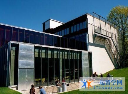 英国新白金汉大学院校优势及教学环境解析