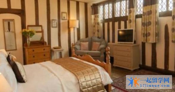 在英国留学,你准备住宿还是租房?有哪些需注意的事项?