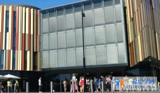 澳洲麦考瑞大学院校机构及教学环境解析