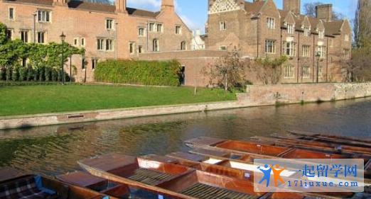 英国白金汉大学地理位置优势及学生生活信息解析