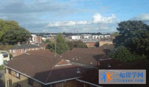 英国西苏格兰大学地理位置优势及学生生活信息解析