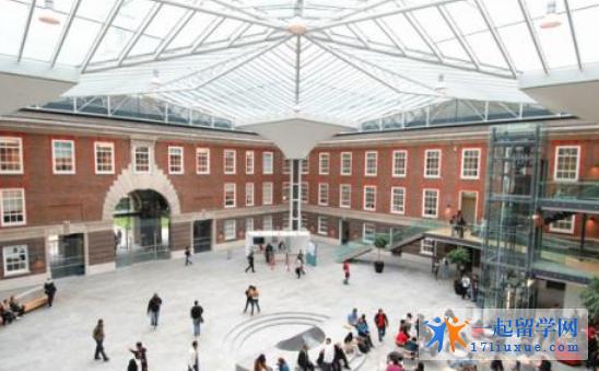 英国密德萨斯大学地理位置优势及学生生活信息解析
