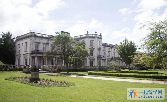英国留学:罗汉普顿大学历年排名及其专业排名汇总