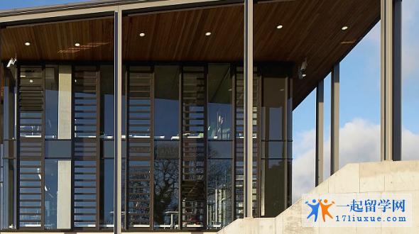留学英国:法尔茅斯大学学院院校资源及学术优势介绍