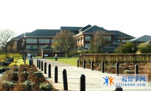 留学英国:华威大学学习攻略,你值得拥有