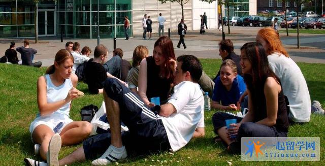 留学英国提赛德大学院校特色及学术优势解析