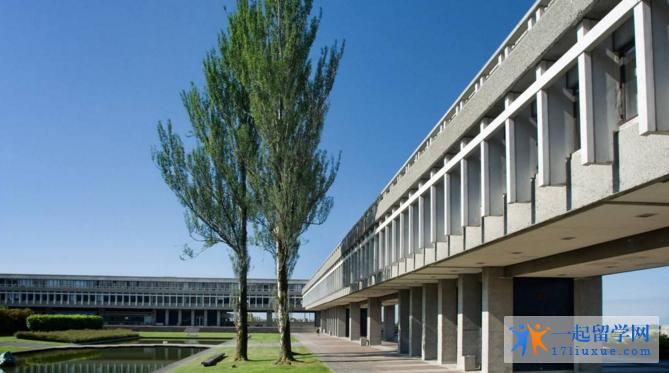 英国留学:萨里大学历年排名和专业排名