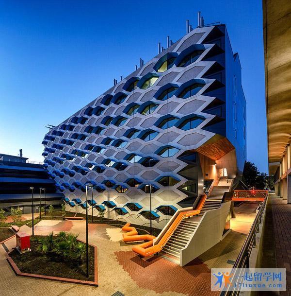 留学澳洲:拉筹伯大学人文社会科学及商学院学习攻略,学习环境解析