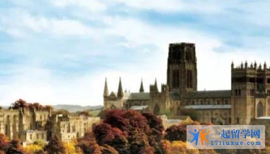 留学英国:杜伦大学本科和研究生奖学金信息介绍