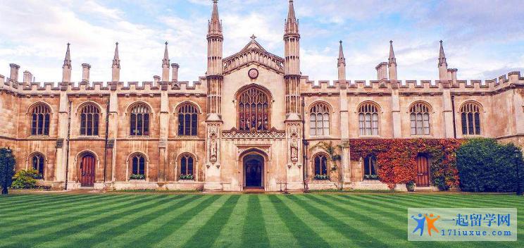 英国留学:本科含金量高还是研究生含金量高?