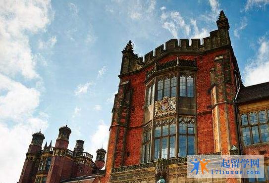 英国纽卡斯尔大学语言班学费是多少?