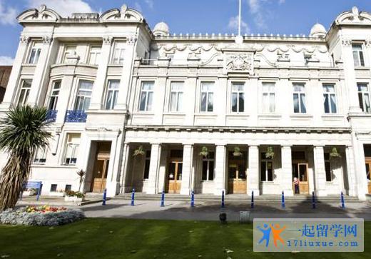 伦敦大学皇后玛丽学院语言课程类型和学制详解