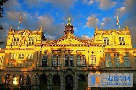 英国卡迪夫大学语言课程申请截止时间是多少?