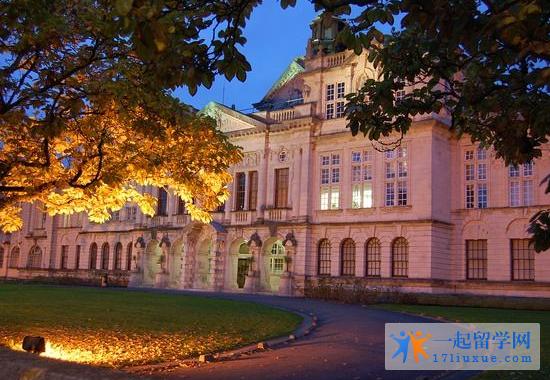 英国卡迪夫大学语言课程类型和学制详解