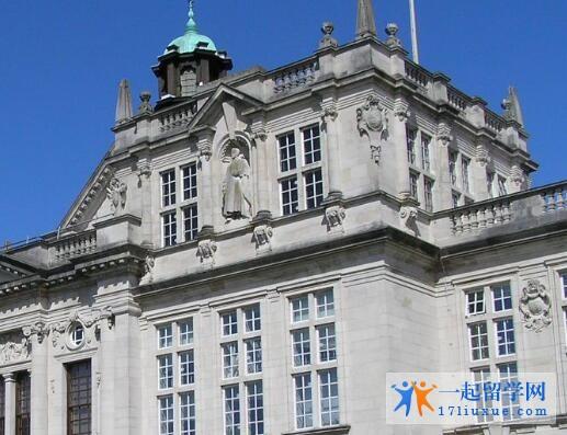 英国卡迪夫大学语言班在哪个城市?