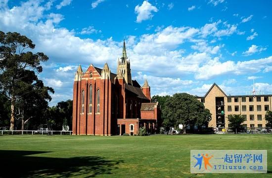 2018年皇家墨尔本理工大学本科入学要求是什么?