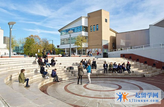 2018年华威大学雅思成绩要求是多少?
