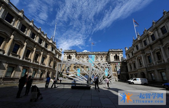 2018年伦敦艺术大学雅思成绩要求是多少?高不高?