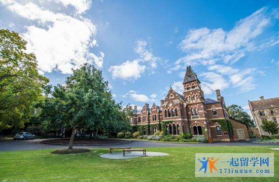 成功申请墨尔本大学电气工程offer和签证,感谢一起留学网Harriet和Amy老师